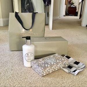 Pehaligon's Luna Lotion and Soap Gift Set